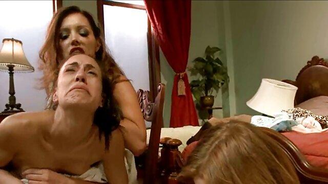 Alfredino-इतालवी अश्लील हिंदी मूवी फुल सेक्सी मूवी वीडियो