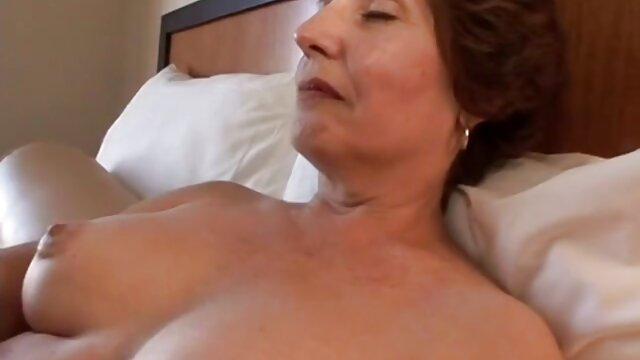 एक सुंदर रूसी लड़की सेक्सी मूवी फुल सेक्सी मूवी के लिए बहुत ज्यादा